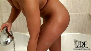 Hot Eve Angel Under Shower