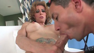 Horny Tranny Jasmine Jewels Gets Hardcore Fucked By Hunk And Recives Amazing Blowjob