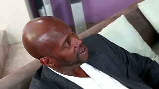 Lexington Steele Fucks A Brunette's Mouth