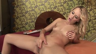 Blond Lesbiër Solo Anaal