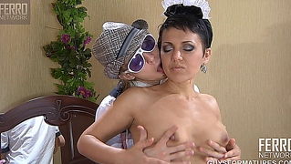 viola and benjamin naughty mature clip