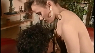 Vintage Ebony In Lesbo And Threeway Action