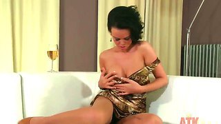 Nice Solo Masturbation Scene With Adorable Girl Linet