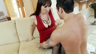 Joey Brass Gets A Blowjob From Rayveness
