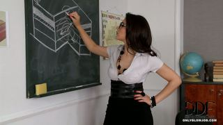 Hot Teachers Deepthroating