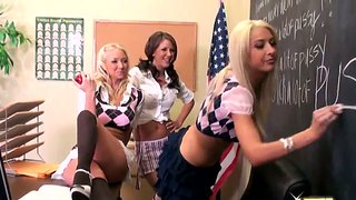 Lesbiennes Gros Culs Trios Brunettes