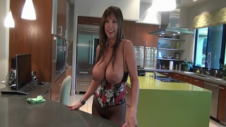 Milf With Huge Tits Gets Fucked