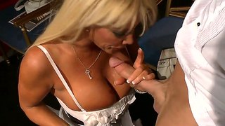 Johnny Sins And Jr Carrington In Oral Fun