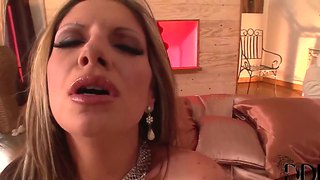 Passionate Masturbation Of The Sexy Bambi