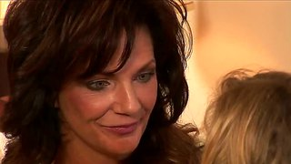 Deauxma Gets Licked And Fingered By Nicole Ray