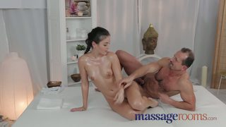 Massage Rooms Gorgeous And Petite Young Teen Gets Creampie
