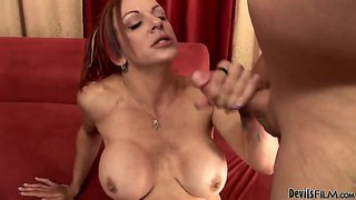 Dangerously Horny Babe Shannon Kelly Proves That She Can Fuck Like No Other