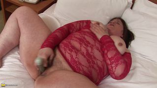 Mature Mommy Susan Fucking Herself