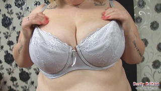 Bbw Scarlett Sucks & Juggs Fucks