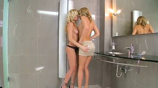 Bianca Golden And Blue Angel Are Stimulating Eachother In Amazing Lesbian Show