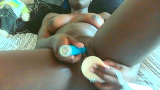 ebony masturbating