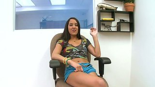 Naughty Sweetie Kim Capri Flirts With A Guy Welcoming Him To Start Rough Action With Her Lovely Tits