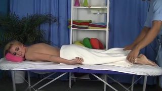 Massage Blond Gezicht