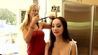 Crazy Babe Katsuni Gives Us An Interview And Shows Her Nasty Holes And An Amazing Body