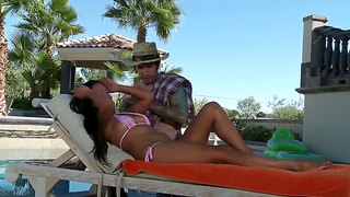 Lana Violet Gets Exciting Massage From Tattooed Guy