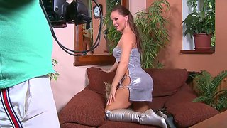 Silvia Saint Is Totally Naked And Plays With Her Hole Non-Stop