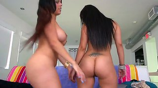 Double Blowjobbing Team Of Coco Valentina And Diamond Kitty
