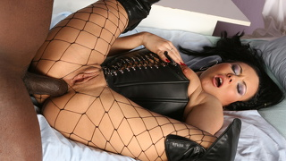 Valentina Velasques Loves Leather And Black Cock