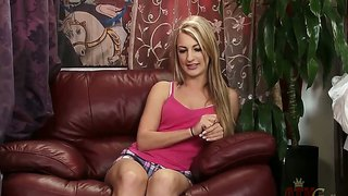 Hailey Holiday Seductively Poses For The Cam