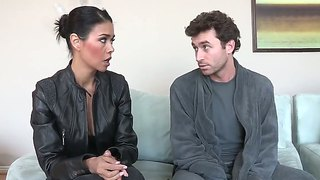 Dana Vespoli Enjoys In Rough Sex With James Deen