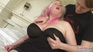 Big Tits Plumper Carrie Fucked Hard & Fast