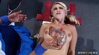 Anikka Albrite Gets A Massage By Her Pe Teacher Wrexxx Kidneys