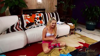 Ashley Stone Does A Live Webcam Show For Fans