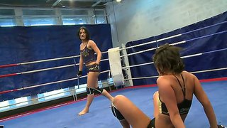 Sexy Boxing Babes Get Into An Erotic Nude Fight As They Struggle To Achieve Pleasure