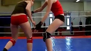 Sexy Wild Girls Fighting