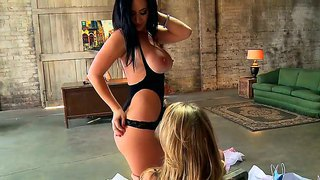 Luxurious Lesbian Chicks Jayden Jaymes And Kagney Linn Karter Appeasing Lucky Keiran Lee