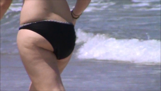 Candid Running Playful Beach Teen Tit And Ass Voyeur