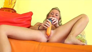 Young Blonde Madison Scott Plays With Vibrator