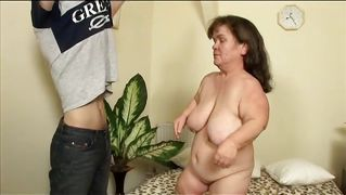 Midget Chick Gets Fingered