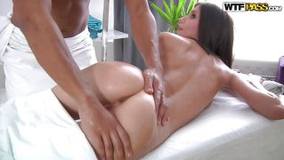 Massage Brunett Finger Babe