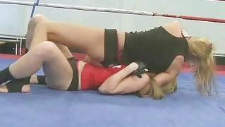 Sophie Moone Fighting With Cindy Hope