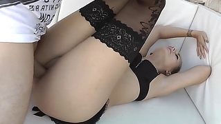 She Squirts While Getting Fucked