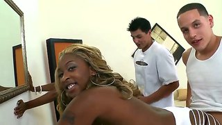Appetizing Ebonys Asa Of Spades And Candee Apple Fucking With Two White Guys Cris Commando And Sergio