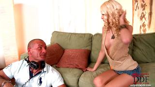 Avsugning, Suge Blond Reality Babe