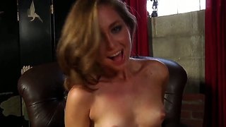 Teen College Chick Riley Reed Cumming Of Pleasant And Exciting Vibrations