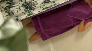 Mom Caught Nude Spy Purple Towel