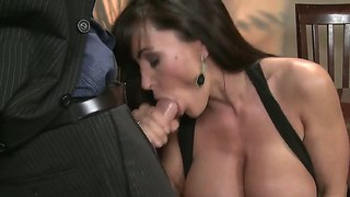 Mick Blue Can't Resist Shameless Lisa Ann's Attraction And Fucks Her Mouth Like Crazy