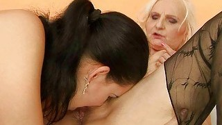 Granny Has Sex With Beautiful Teen