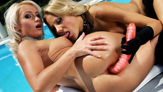 Sexy Lesbian Sluts Take Big Toys In Their Ass And Wet Pussy!