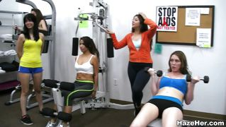 awesome ass brunette in a workout gets her cunt worked out in gym