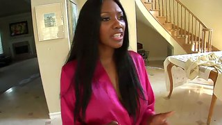 Nubian Princess Nyomi Banxxx Gets A Hot Massage